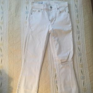 Gap Women's Slim Straight Destroyed Jeans Size 24